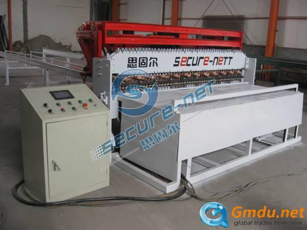 Automatic CNC wire mesh welding machine