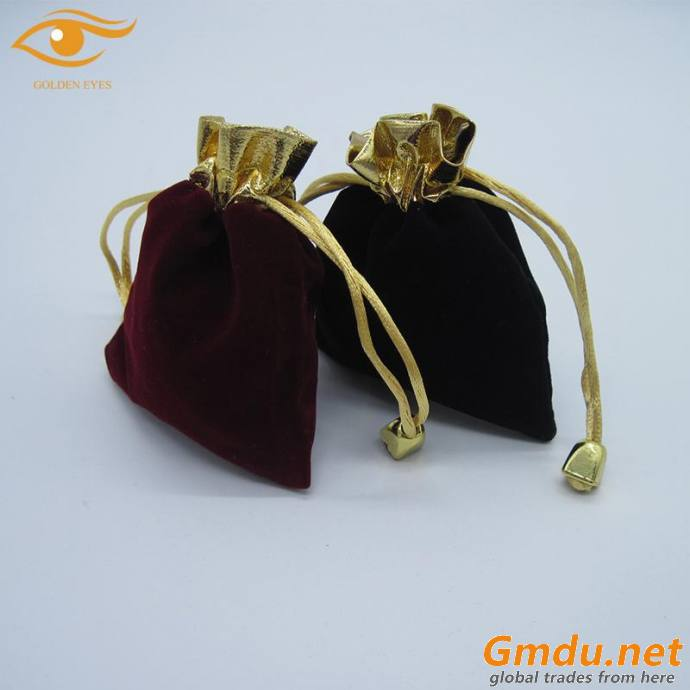 Mini velvet jewelry bag