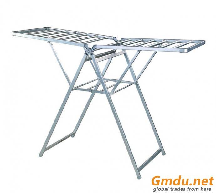 Aluminum wing foldable clothes hanger