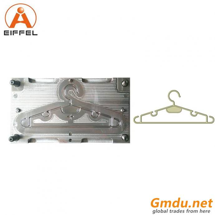 6 Cavity Cloth Injection Hanger Mould