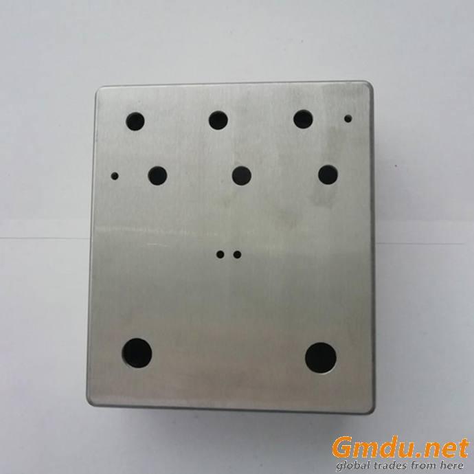 Aluminum alloy accessory case for guitar electronics