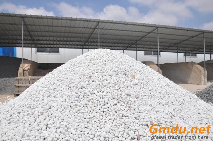 snow white pebble ball stone