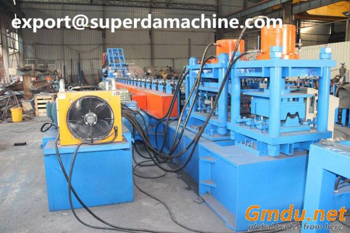 Roll forming machine for w beam highway guardrail