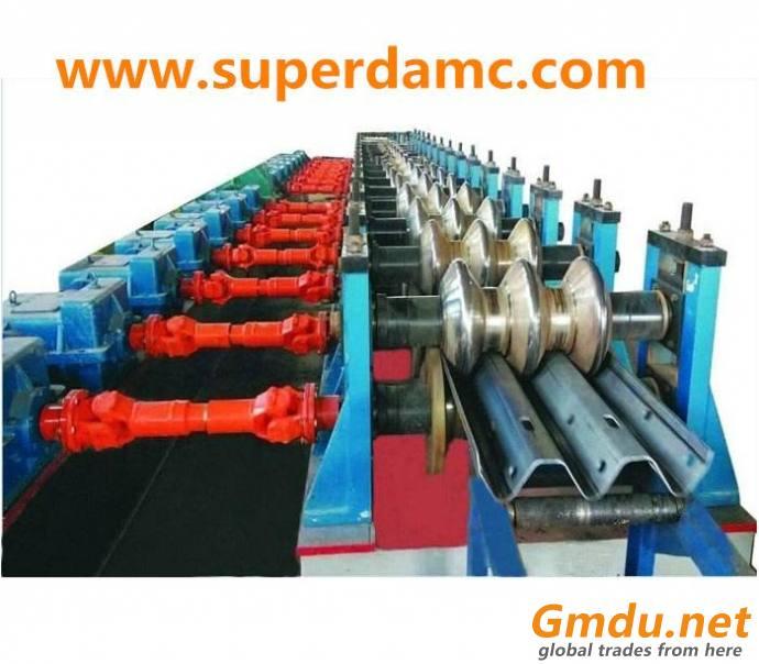 Three wave guard rail roll forming machie