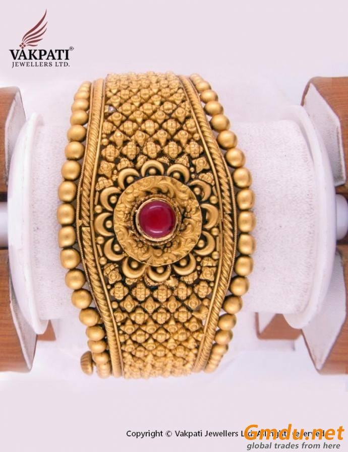 22 carat Gold Antique Kada