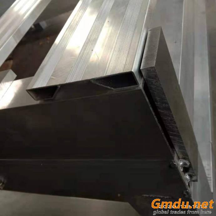 sell the heavy pallet for the workshop