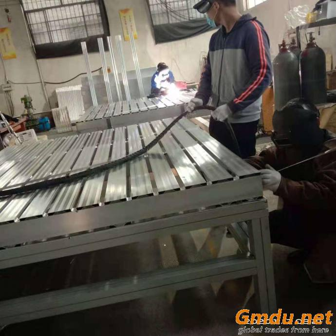 offer the heavy aluminum pallets from sidasen
