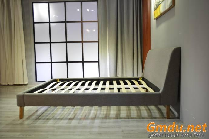 Upholstered Linen Platform Bed