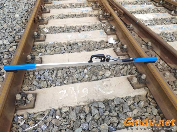 Analogue Track Gauge
