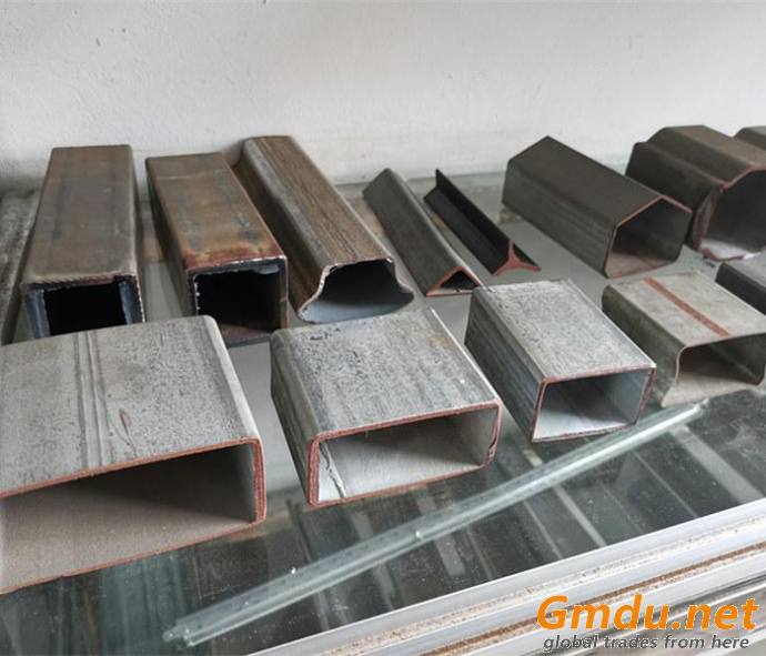 Carbon Steel Rectangule Pipe Roll Formging Machine for Sale