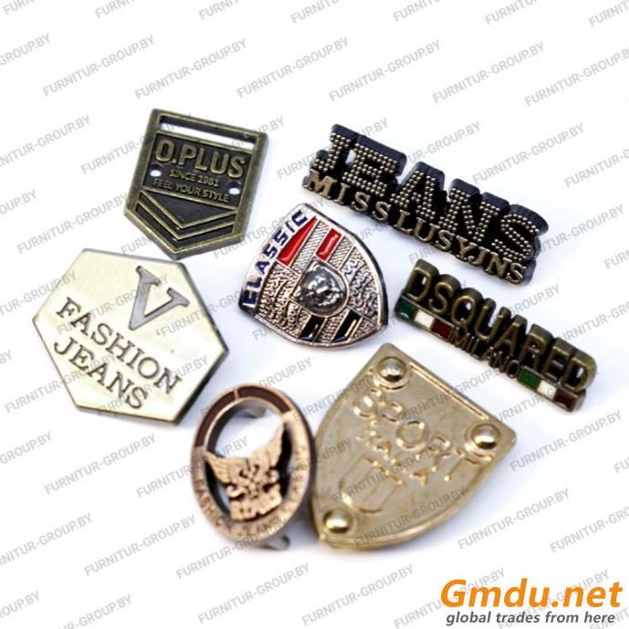 Fashion accessories // Plates