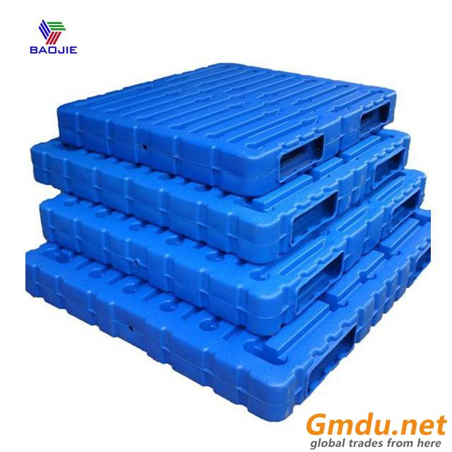 Blow moulding heavy duty and durable plastic pallets