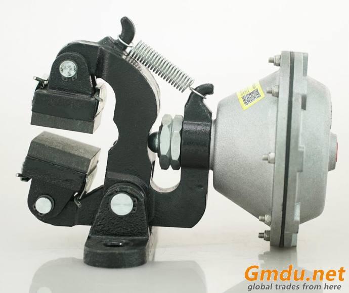 Air engaged DBG caliper disc friction brake