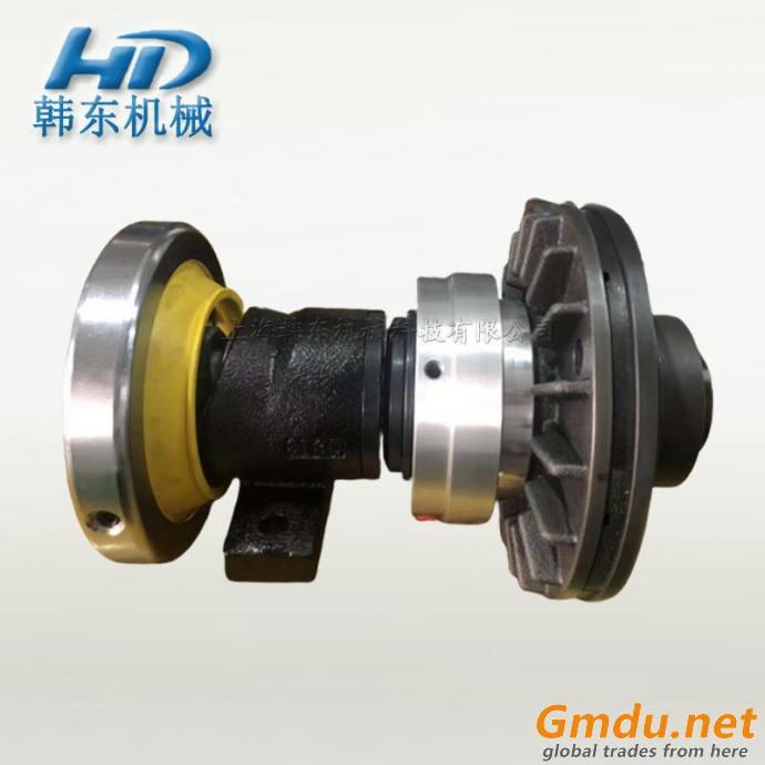 Roller shaft holding safety chuck
