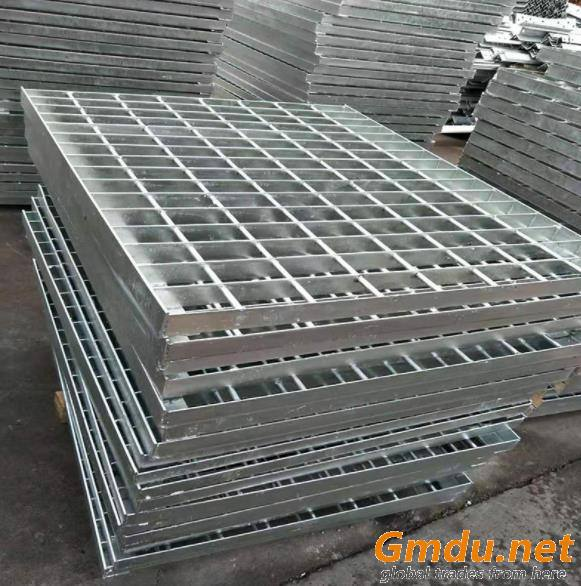 Galvanised steel walkway grating