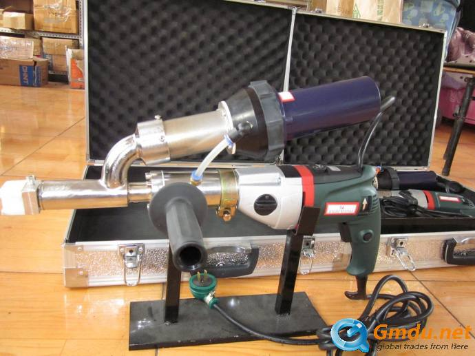 Hand plastic extrusion welding gun